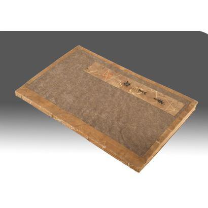 Bonito libro chino de acuarelas. Medidas: 30x20x1,5cm.