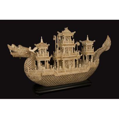 Barco chino de hueso.