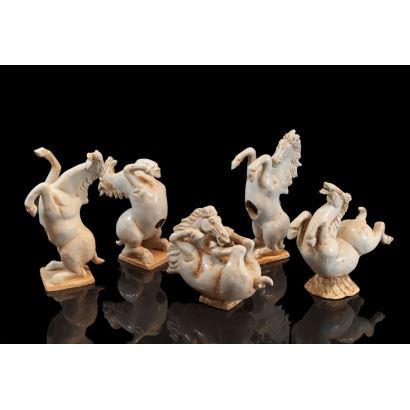 Cinco caballos chinos, ffs. XIX.