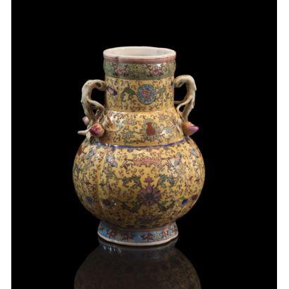 Jarrón en porcelana, China, siglo XIX.