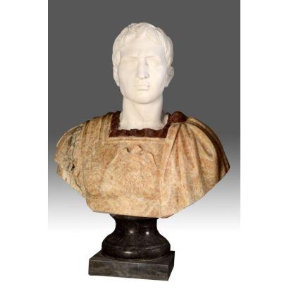 Busto tallado en mármol de diversos colores. S.XX.