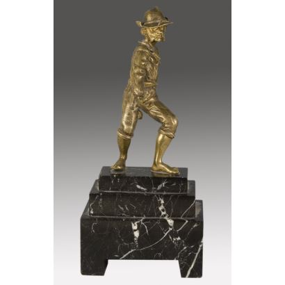 Bronces. Figura en bronce patinado, siglo XX.