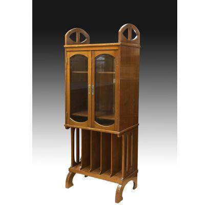 Vitrina Art Nouveau, pps. XX.