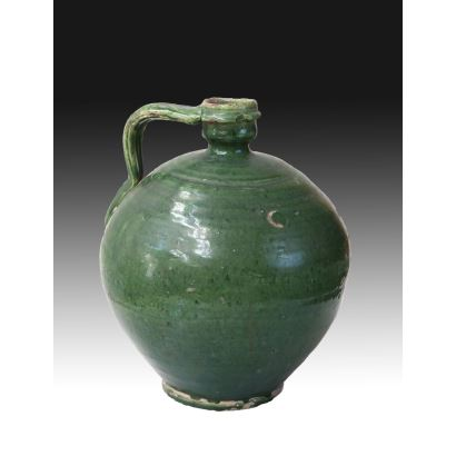 Cántaro en cerámica verde de Triana, S. XIX.