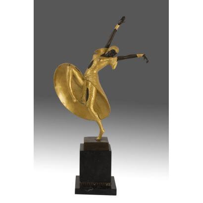 Bella escultura de bronce, estilo Art Decó, que representa a una bailarina de principios de siglo llamada