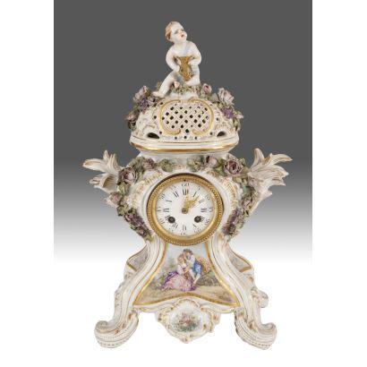 Reloj de sobremesa, Alemania, S. XIX.