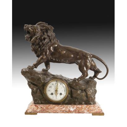 Reloj de sobremesa francés, circa 1900.