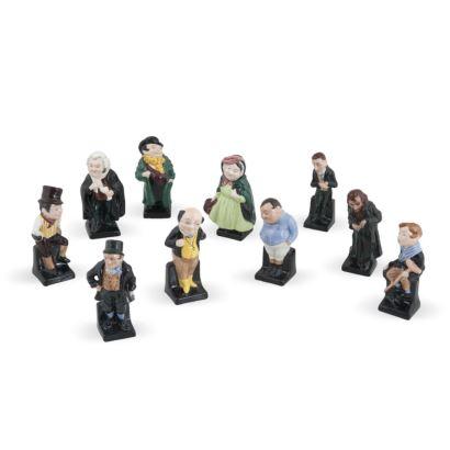 Porcelana. Conjunto formado por 10 figuras Royal Doulton Serie Dickens, S. XX.