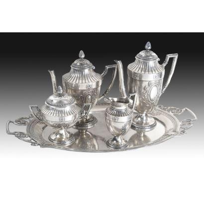 Juego de café y té estilo Luis XVI, pps. XX.