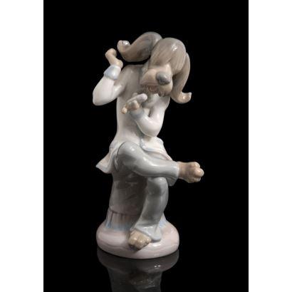 Figura en porcelana policromada de la casa LLADRÓ.