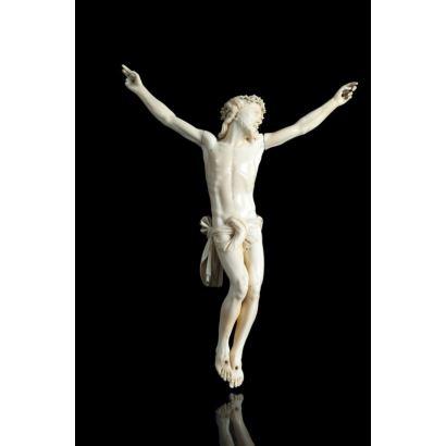 Cristo en marfil, pps. XX.