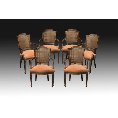 Conjunto de sillones estilo Luis XVI, pps. XX.