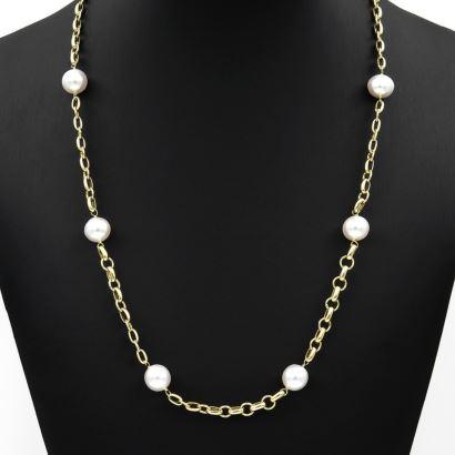 Collar de oro con cadena ancha y cierre marinero y perlas cultivadas