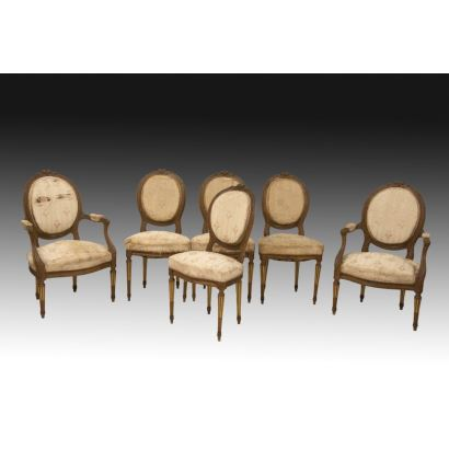 Muebles. Conjunto de cuatro sillas y dos sillones, estilo Luis XVI, siglo XIX.