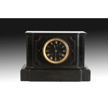 Reloj de sobremesa, estilo napoleón III, principios S. XX.