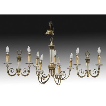 Conjunto formado por lámpara y pareja de apliques, S. XX.