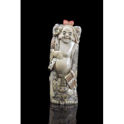 Buda con niño, China, pps. XX.