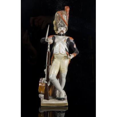 Original figura realizada en porcelana policromada.