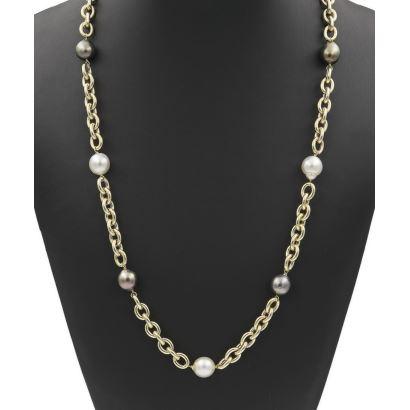 Collar en oro amarillo y perlas de Tahití