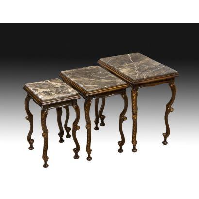 Conjunto de mesas nido, S. XX.
