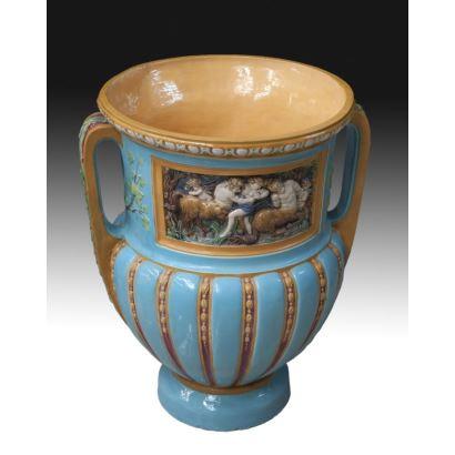 Jarrón en porcelana italiana, circa 1900.