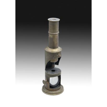 Objetos. Microscopio de Campaña, pps. XX.
