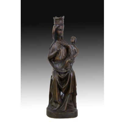Esculturas. Virgen gótica con niño, pps. XX.