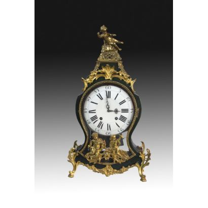 Reloj de sobremesa, estilo Luis XV, Suiza fin S. XVIII.
