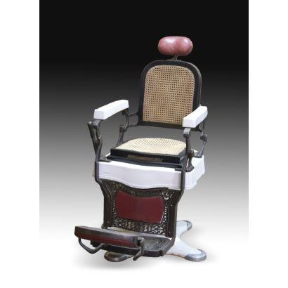 Muebles. Pareja de sillas de barbero, Triumph.