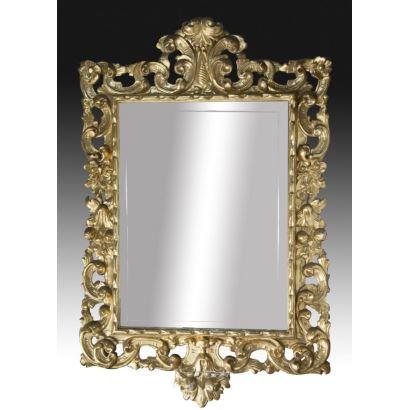 Espejo español estilo Luis XV, ffs. XIX.