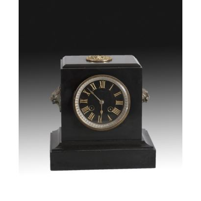 Reloj de sobremesa, estilo Imperio, ppios. s. XX: