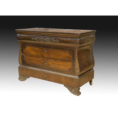 Muebles. Cómoda mallorquina, S. XIX.