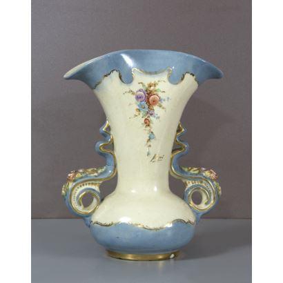 Violetero en cerámica de Peyró.