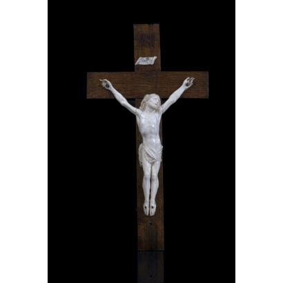Cristo con cruz, siglo XIX.