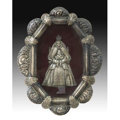 Relicario con Virgen en plata, S. XX: