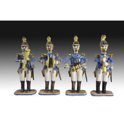 Conjunto formado por cuatro soldados músicos, S. XX.
