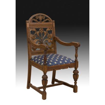 Muebles. Pareja de butacas, estilo renacimiento inglés, S. XX.