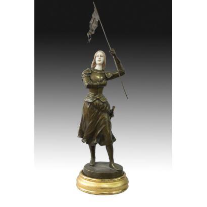 Criselefantina en bronce y marfil, S. XX.