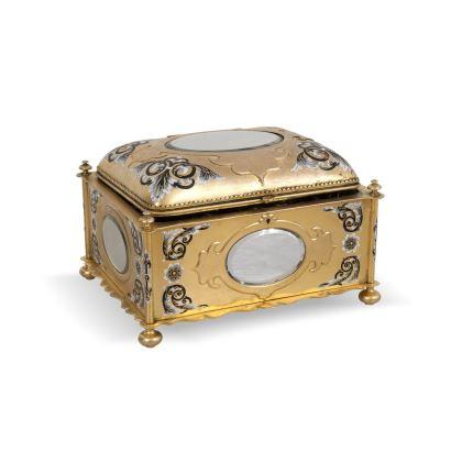 Caja, circa 1900.