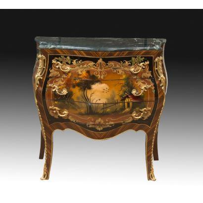 Cómoda, estilo Luis XV, S. XX.