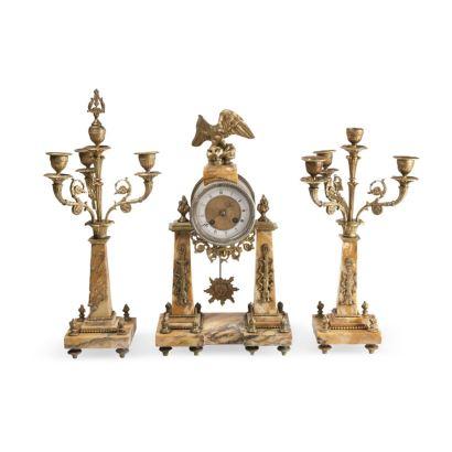 Reloj de sobremesa con guarnición, Francia, siglo XIX.