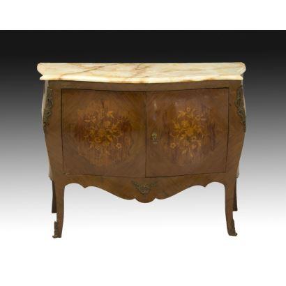 Muebles. Cómoda estilo Luis XV, hacia 1900.