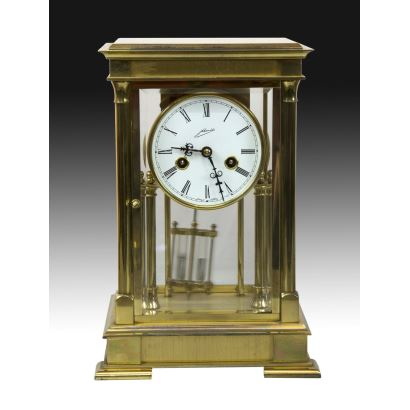 Relojes. Reloj de sobremesa alemán, siglo XX.