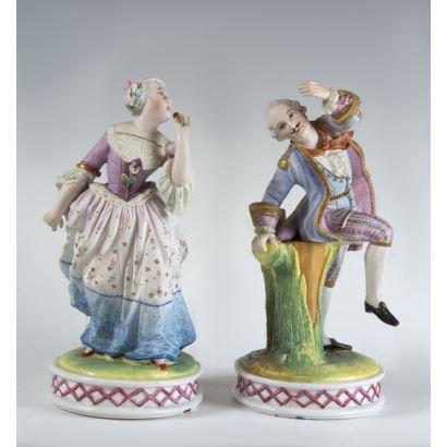 Pareja de figuras en porcelana Europea, pps. XX.