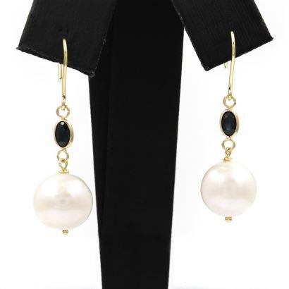Joyas. Pendientes de zafiro y perlas