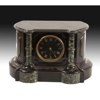 Relojes. Reloj de sobremesa, estilo Napoleón III, S. XIX.