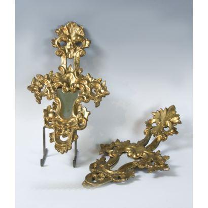 Espejos y marcos. Pareja de cornucopias, siglo XIX.