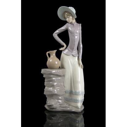 Figura de porcelana Nao Lladró, siglo XX.