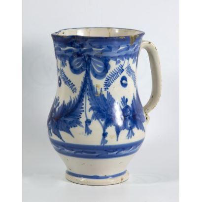 Jarra en cerámica de Manises, siglo XIX.