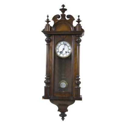Reloj de pared estilo Junghans, circa 1900.